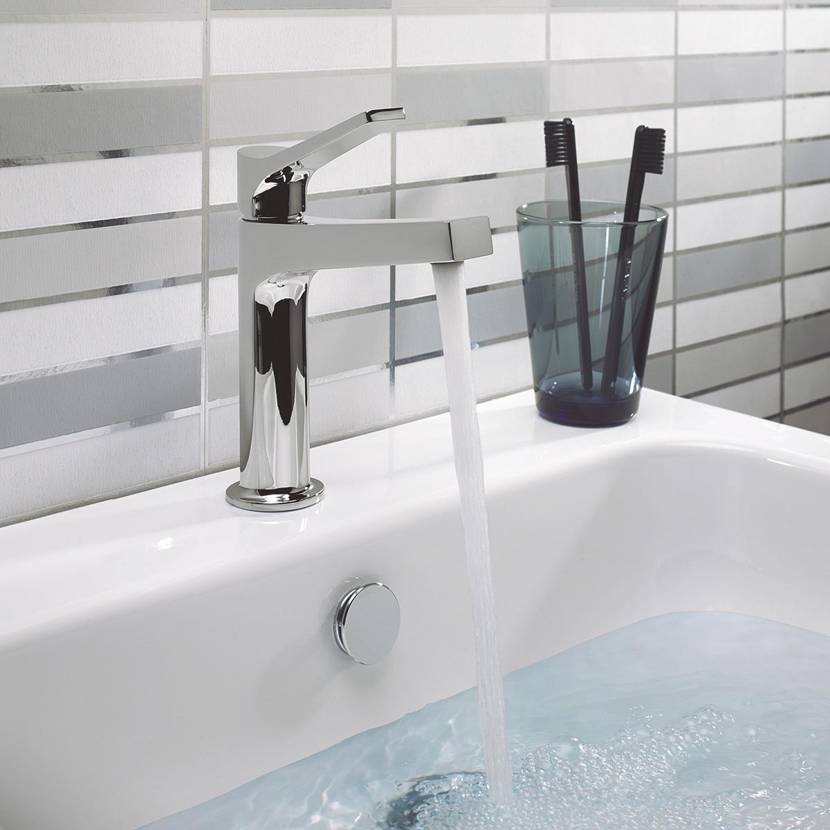 Acute Basin Mixer