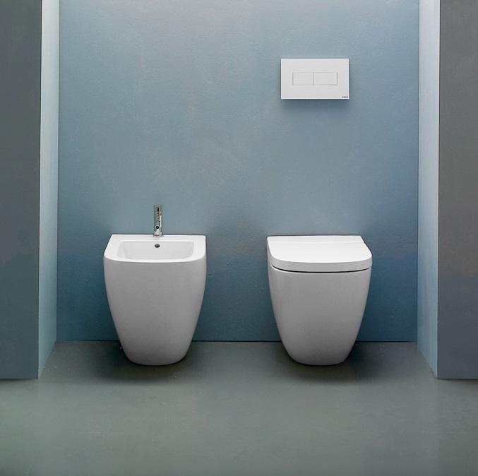 LA001 Stockholm Floor Mount WC