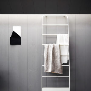 Memory Heated Towel Rail