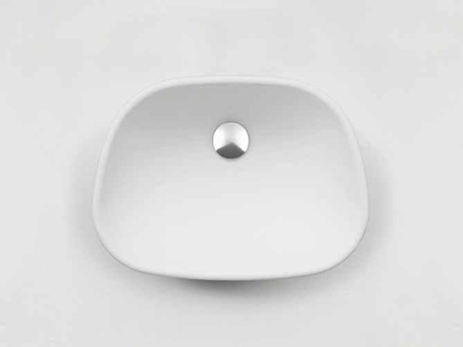Pear recessed basin