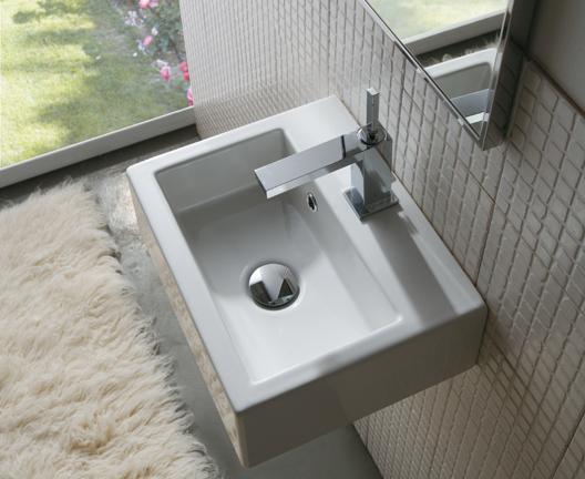 Classic SCR40 wall hung basin