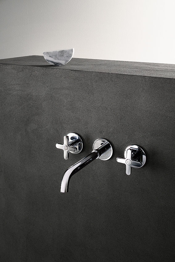 Art. R010B + R010A Icona Classic wall mount basin mixer