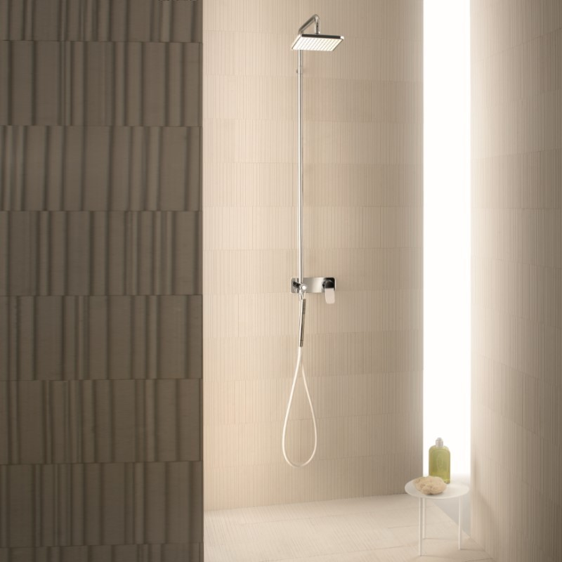 Art. G034B + D013a Levante shower column