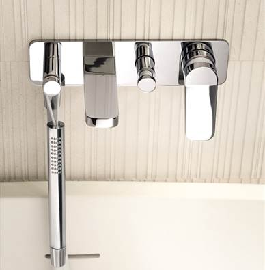 Art. G020B + D020A Levante wall mount bath set