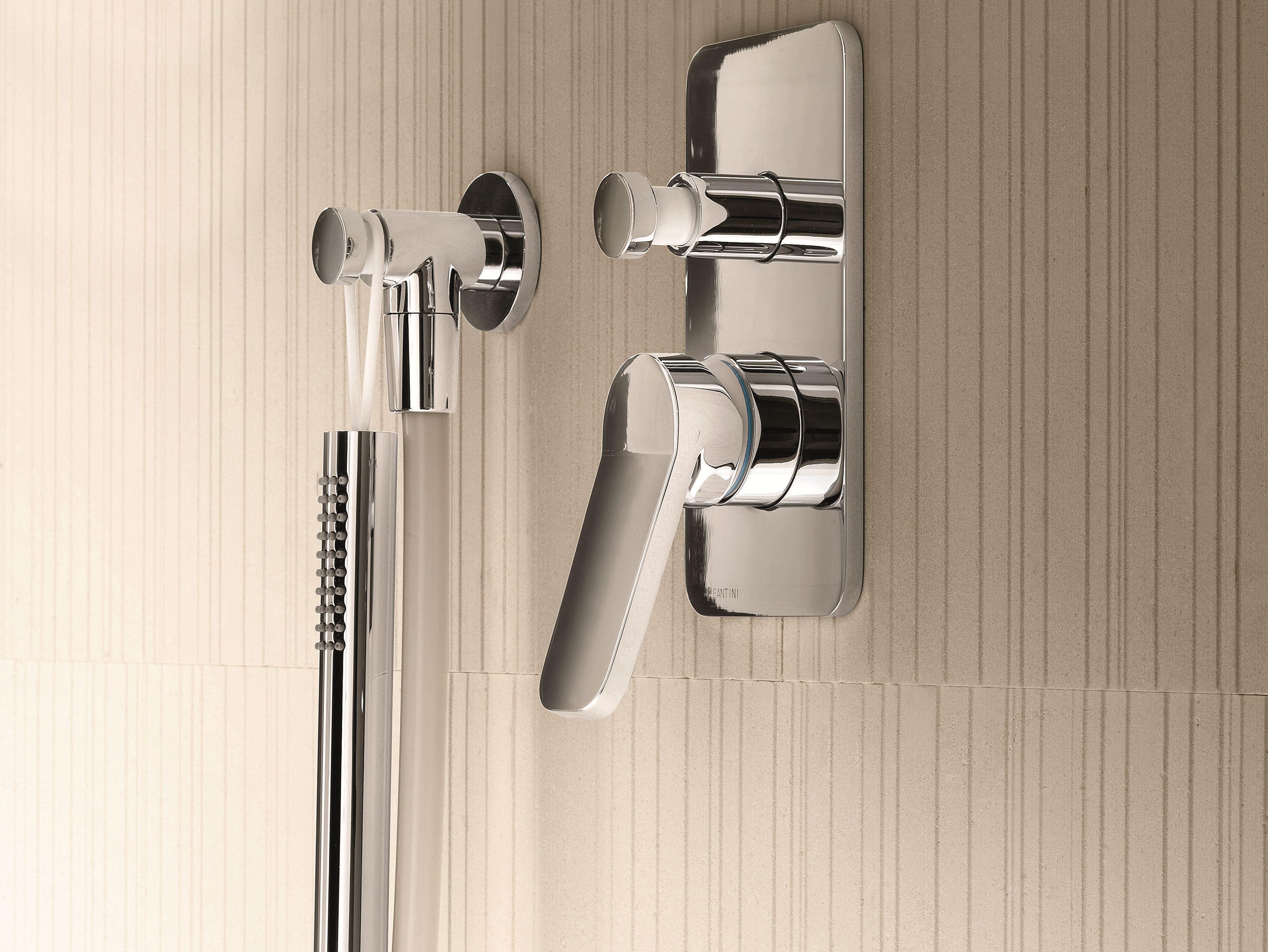 Art. G022B + D022A Levante Shower diverter mixer