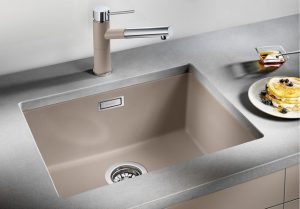 blanco-subline-500-lifestyle-kitchen-sink-300x209
