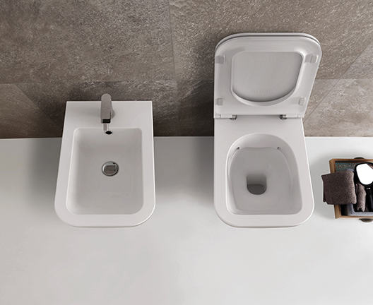 STS05 Stone Wall Hung Rimless WC