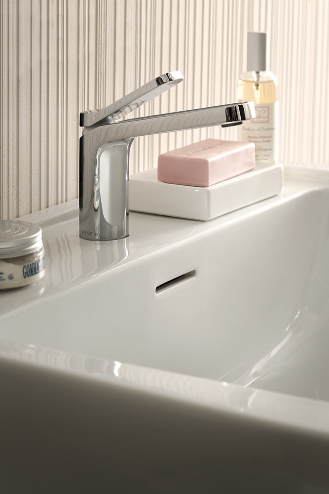 Art g004f levante basin mixer lavo bathrooms and for Kitchen basins cape town