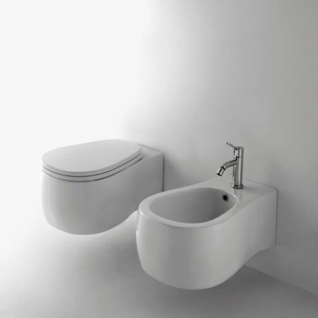 Pear Wall Hung WC & Seat